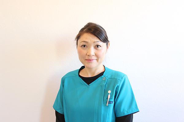 歯科衛生士 糸数 知美(いとかず ともみ)